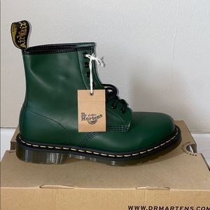Dr Martens 1460 Smooth Green BRAND NEW W/ TAGS